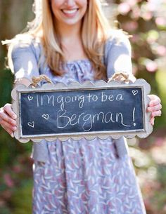 Cute way to announce your #engagement! | http://emmalinebride.com/decor/wedding-chalkboard-signs/