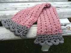 Stulpen zart altrosa edel crochet wrist warmers vintage grau Pulswärmer von Nostalgie Gretel häkelt und schenkt auf DaWanda.com
