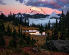 [OC] A Vulcanic Sunrise - Mount Rainier National Park/Washington State - Daniel_Photo Beautiful Landscape Photography, Nature Photography, Travel Photography, Photography Tips, Photography Equipment, Cool Landscapes, Beautiful Landscapes, Beautiful Sky, Beautiful Scenery