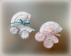 Crochet Baby Carriage/ Buggy/Stroller/Pram Applique Novelty / Perfect for Bomboniere, Baby Shower, Decoration by Vintagespecialmoment on Etsy Appliques Au Crochet, Crochet Motifs, Crochet Stitches, Crochet Crafts, Crochet Toys, Crochet Projects, Knit Crochet, Baby Patterns, Knitting Patterns