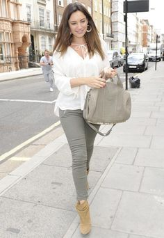 """They won't help a """"sore bum""""! Kelly Brook rocks skintight jeans after cupping treatment! www.bellabaci.com"""