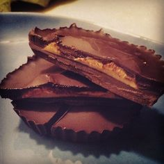 Homemade peanut butter cups via @equigs30