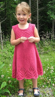 Ravelry: Eyelet Flower Dress pattern by Rene Dickey My daughter loved this dress so much I had to knit it again after she grew out of the original. This time I used a solid colored yarn which I think shows the stitch details and flowers better. Kids Knitting Patterns, Knitting For Kids, Crochet For Kids, Crochet Baby, Knit Crochet, Knit Baby Dress, Baby Cardigan, Girls Sweaters, Baby Sweaters