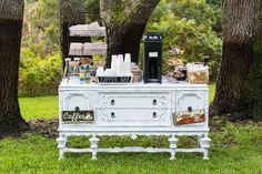 A DIY autumn waterfront brunch wedding with a VW bus photo booth and a pastel palette by Erin Costa Photography
