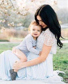 WEBSTA @ stephaniesunderlandphotography - I can't even... #stephaniesunderlandphotography #love #nycphotographer #nycfamilyphotographer #centralpark #nyc #mommy #baby #cutestbabyever
