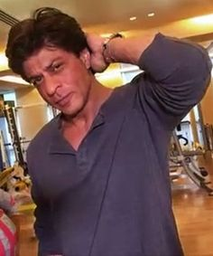 #Fame live from Mannat (in SRK's gym) 27 July 2016