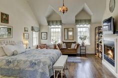 Town & Country Real Estate - Quogue | #TownandCountryRealEstate #Quogue #Bedroom #HomeDecor #Hamptons