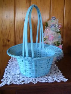 Antique Basket Beautiful Baby Blue Wicker Basket Egg Candy Basket - Antiquelampsandparts