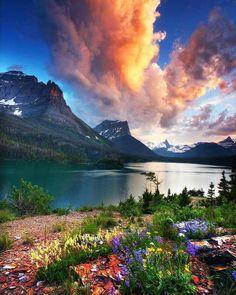 Glacier National Park in Montana. Photo courtesy of Daniel Ewert. Lauren B Montana Beautiful World, Beautiful Places, Wonderful Places, Places To Travel, Places To Go, Travel Destinations, Camping Places, Landscape Photography, Nature Photography