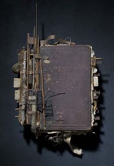 tatteredcover:    Extraordinary book sculpturebeautyandthebook:    thealteredpage:    book 06 by ron pippin  (via art propelled)