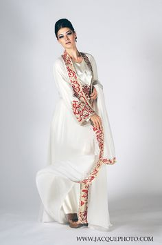White Arabian dress, Doubletree Hotel, Orlando, Fl.