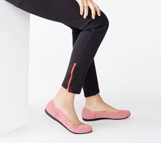 The perfect classic ballet flat. #LiveSeamlessly #Rothys