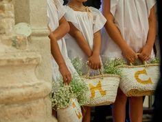 flower girls y niños paje Summer Wedding, Diy Wedding, Dream Wedding, Wedding Ideas, Vintage Bunting, Tuscan Wedding, Rings For Girls, Boho Bride, Here Comes The Bride