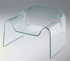Ghost Armchair by Cini Boeri for Fiam Italia Glass Furniture, Space Furniture, Modern Outdoor Furniture, Contemporary Furniture, Glass Chair, Glass Office, Curved Glass, Office Interiors, Chair Design