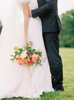 Creative Wedding Bouquet Ideas 2017 Fine Art Film Wedding Photography Whitney Heard Floral Design: Living Fresh Flower Studio and School - http://www.stylemepretty.com/portfolio/living-fresh Design: Cynthia Martyn Fine Events - http://www.stylemepretty.com/portfolio/cynthia-martyn-events-inc Photography: Whitney Heard Photography - www.whitneyheard.com   Read More on SMP: http://www.stylemepretty.com/2017/02/02/this-inspiration-will-have-you-counting-down-the-days-to-spring/