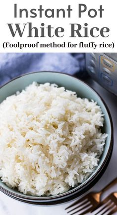 Learn how to cook white rice in Instant Pot using a foolproof method Just put everything in the pot set the time for 3 minutes and you will have perfectly cooked fluffy rice every single time instantpot rice whiterice White Rice Recipes, Rice Recipes For Dinner, Instantpot Rice, Perfect White Rice, Rice On The Stove, Cooking White Rice, How To Cook Rice, Evening Meals, Learn To Cook