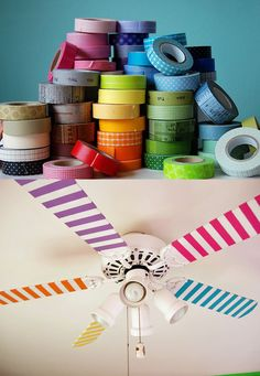Easy DIY for the kid's room: Decorate the fan with washi tape! They will love the way it looks as it spins! (need to find and figure out what washi tape is) Diy Décoration, Diy Crafts, Easy Diy, Tape Crafts, Room Crafts, Ideas Paso A Paso, Do It Yourself Baby, Do It Yourself Inspiration, Do It Yourself Furniture