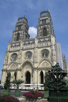 Cathedral of St. Croix in Orleans ~ Centre-Val de Loire, France Sacred Architecture, Beautiful Architecture, The Places Youll Go, Places To Go, Orleans France, Life In Paradise, Cathedral Church, Chapelle, Place Of Worship