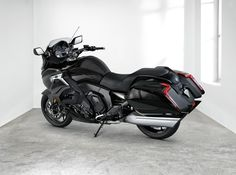 BMW K1600 Bagger 2017 Photo Gallery