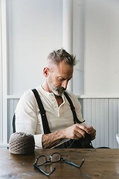 by Nicole Franzen Photography. I want to be this old guy when I get up in years Rugged Style, Style Men, Men's Style, Grey Style, Classic Style, Mode Ab 50, Style Brut, Character Inspiration, Style Inspiration