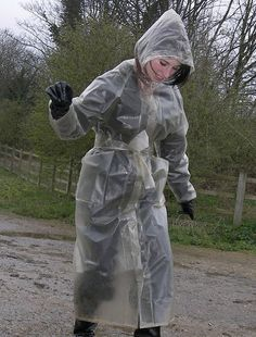 Enjoying a stroll in her clear plastic mac Clear Raincoat, Vinyl Raincoat, Pvc Raincoat, Plastic Raincoat, Parka, Imper Pvc, Transparent Raincoat, Plastic Mac, Hooded Cloak