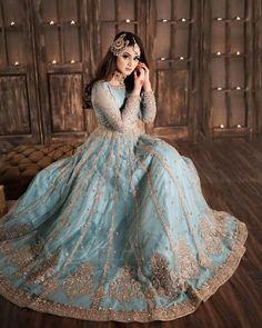 Asian Bridal Dresses, Simple Pakistani Dresses, Indian Gowns Dresses, Indian Bridal Outfits, Pakistani Bridal Dresses, Indian Fashion Dresses, Pakistani Wedding Dresses, Pakistani Dress Design, Fancy Dress Design