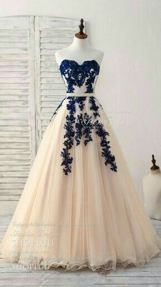 Elegant sweetheart tulle lace applique blue long prom dresses blue lace applique tulle bridesmaid dress formal dress longpromdressesandmore 34 spring outfits to update you wardrobe today Pretty Prom Dresses, Trendy Dresses, Elegant Dresses, Homecoming Dresses, Cute Dresses, Beautiful Dresses, Fashion Dresses, Dress Prom, Quinceanera Dresses