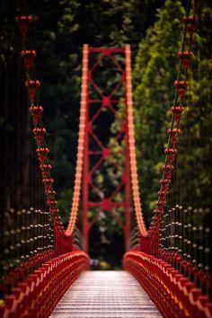 Zaobashi Bridge (蔵王橋) in the rural mountains of Aridagawacho City, in Wakayama Prefecture. I want to go.