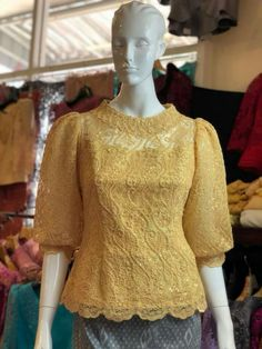 Kebaya Lace, Batik Kebaya, Kebaya Dress, Batik Dress, Sleeves Designs For Dresses, Dress Neck Designs, Lace Dress With Sleeves, Blouse Designs, Myanmar Traditional Dress