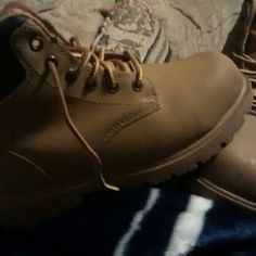 Steel toe womens boots.. Brama brand Worn only once. Steel toe and slip resistant Shoes Lace Up Boots