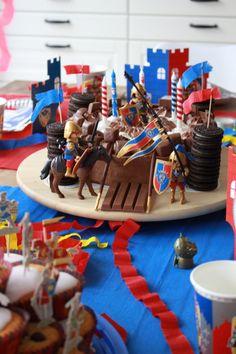 Birthday Candles, Birthday Cake, Kimchi, Motto, Fondant, Desserts, Food, 4th Birthday, Cake Birthday