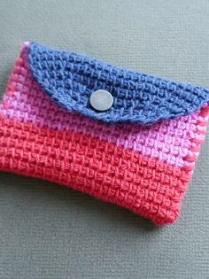 Mini hold all in Tunisian crochet: free pattern