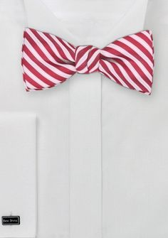 Herrenschleife rot weiß Streifenmuster