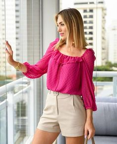 Frock Fashion, Fashion Sewing, Fashion Fabric, Fashion Dresses, Crop Top Outfits, Short Outfits, Casual Outfits, Blouse Styles, Blouse Designs