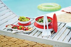 It's a pool day! What are some of your favorite poolside snacks? #Tupperware