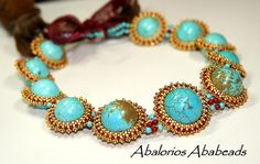 By:  Cristina of Abalorios Ababeads