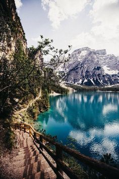places i'd rather be (@fernwehs) | Twitter