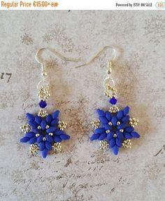 Hoi! Ik heb een geweldige listing op Etsy gevonden: https://www.etsy.com/nl/listing/205474503/blauwe-zilveren-ster-oorbellen-blauwe