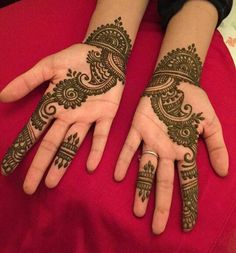 Mehndi is one of the most important. There is a lot of verity of latest mehndi designs for you. Henna Hand Designs, Mehndi Designs Finger, Simple Arabic Mehndi Designs, Henna Tattoo Designs Simple, Mehndi Designs For Beginners, Modern Mehndi Designs, Mehndi Design Pictures, Mehndi Designs For Girls, Mehndi Designs For Fingers