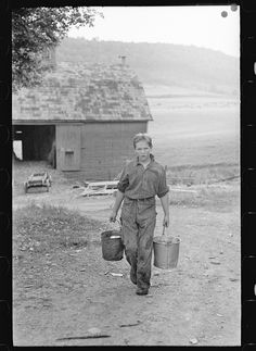 Son of Thomas Williams, Otsego County, New York, Arthur Rothstein September 1937 Old Pictures, Old Photos, Vintage Photos, Farm Pictures, Farm Day, Dust Bowl, Living Off The Land, Vintage Farm, Old Farm