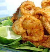 Grilled Salt & Pepper Calamari (Squid) - easy and quick to cook up on your grill / BBQ! Calamari Recipes, Squid Recipes, Fish Recipes, Seafood Recipes, Asian Recipes, Cooking Recipes, Healthy Recipes, Octopus Recipes, Grilled Recipes