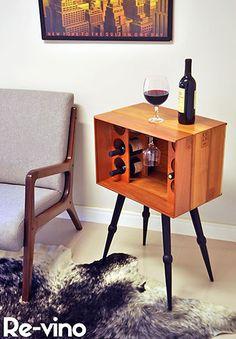 Mini adega Re-vino com caixa de vinho de madeira
