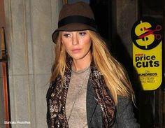 Blake Lively - hat :)