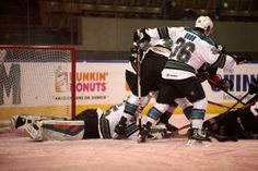 Worcester Sharks goaltender Harri Sateri reaches out to make a save (Jan. 29, 2014).
