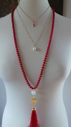 Collar largo perlas borla roja. Rojo borla por AllAboutEveCreations