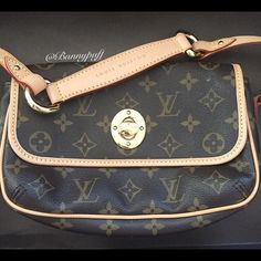 Louis Vuitton LV handbag MAKE AN OFFER Great condition, barely used. Kept in the dust bag whenever not in use - the leather has barely patina. Interior: super clean/like new. Overall this bag is in such great condition, almost like new! I've seen many used/obvious signs of use ones sold for $700! I baby all my expensive bags which is why its like new  Dust bag IS included. 100% AUTHENTIC (I don't own, use, or support fakes) FITS A LOT OF STUFF! (Last pic showing how much stuff it can fit is…