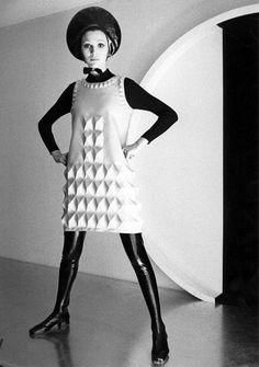 Harper's Bazaar, 1968 Photographer: Bill Ray Dress by Pierre Cardin