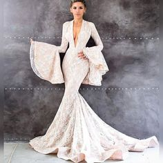 Are You There Dress? It's Me, Bride. Beautiful Wedding Gowns, Dream Wedding Dresses, Beautiful Dresses, Couture Wedding Gowns, Bridal Gowns, Ryan And Walter Bridal, Love Couture, Formal Gowns, Formal Wear