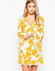 ASOS Dress with Fluted Sleeve in Retro Print - Multi £38.00 AT vintagedancer.com