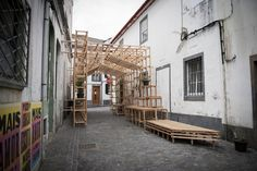 Gallery of Orizzontale Activates the Street with Wooden Intervention in the Azores Islands - 3
